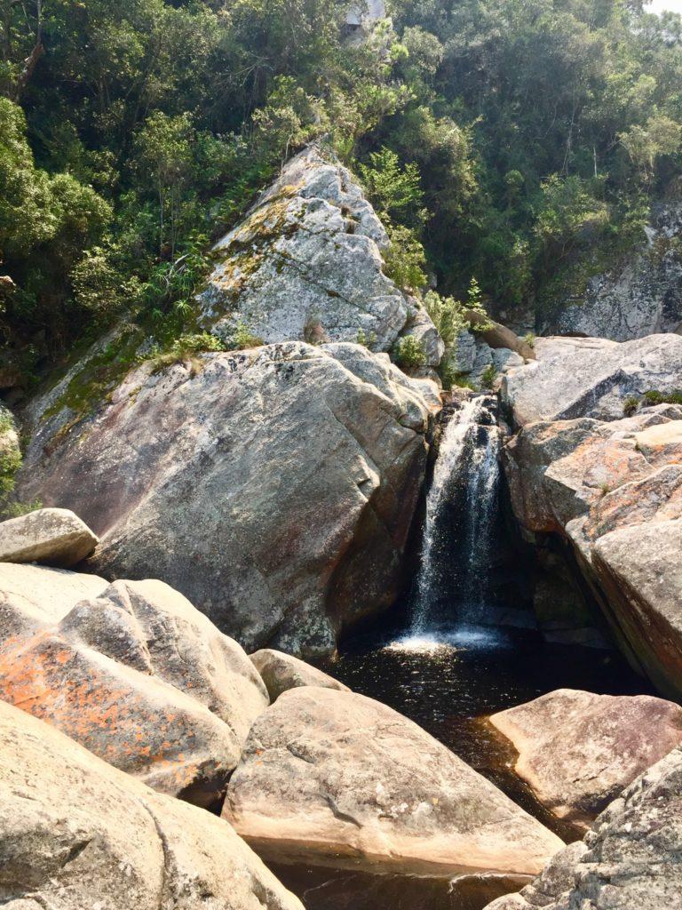 Ein natürlicher Pool lädt zum schwimmen ein. Wilderness, Garden Route, Südafrika