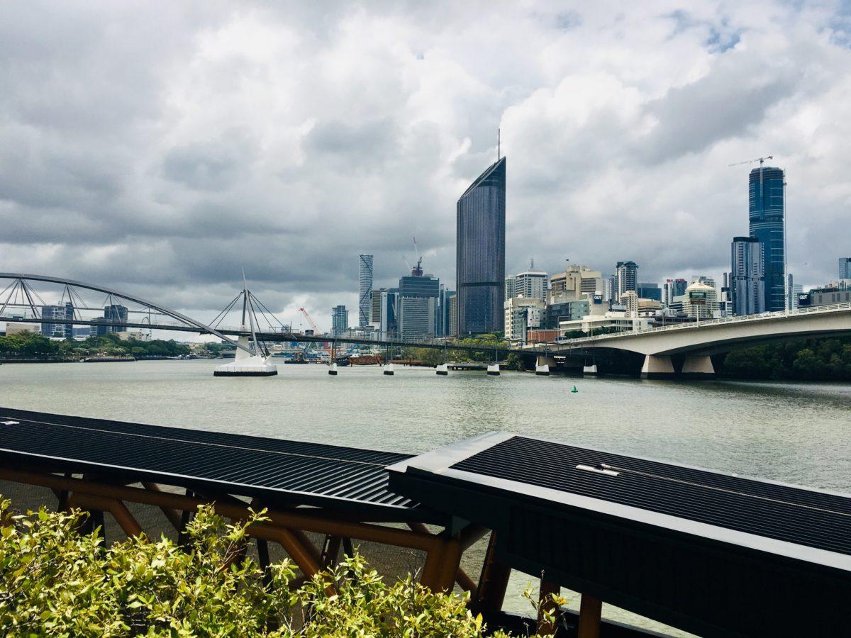 Brisbane zur Weihnachtszeit - Panorama der Skyline